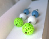 Mod Glass & Lace Bead Round Drop Earrings – Blue White and Green