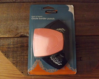 Destash, Fiskars Circle Border Punch, New in Package, Scrapbooking Tool