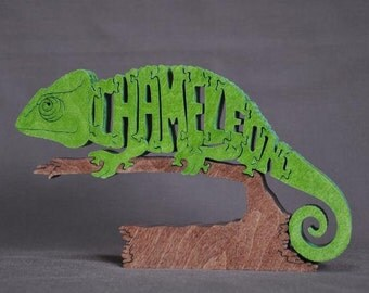 NEW Chameleon Lizard Puzzle Wooden Toy Hand  Cut with Scroll Saw