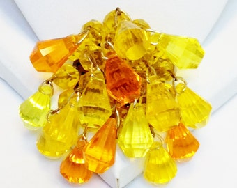 Vintage Plastic Beaded Cluster Pin With Dangles