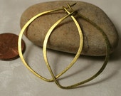 Handmade hammered large lotus leaf gold tone hoop 40x33mm (aprox 1.6x1.3 inch), one pair (item ID GT34G18)