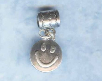 Silver . Smiley Face Lrg Hole Bead Fits All European Style Add a Bead Charm Bracelet Jewelry Pnd-G48