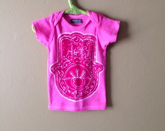 Organic cotton Hamsa - hand of fatima - baby batik lap tee hand painted & hand dyed Eco friendly pink size 3 to 24 months