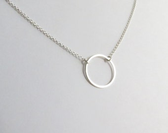 Minimalist Circle Silhouette Delicate Sterling Silver Necklace. Sterling Silver Circle Necklace. Silver Layering Necklace.