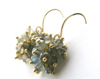 Labradorite earrings || Cluster gold dangle earrings