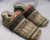 Harvest Wool Kids Slippers Leather Bottom size 3-4 years old made from recycled materials