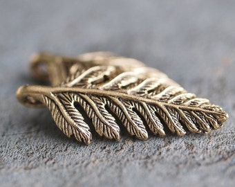 Fern Leaf Gold Plated Pewter 23mm Charm : 2 pc