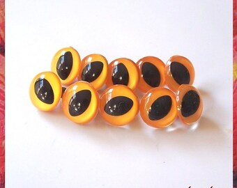 18mm Mango yellow cat eyes