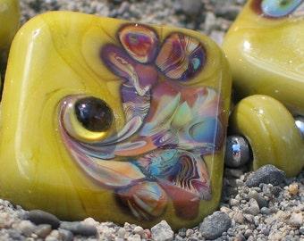 Handmade Glass Lampwork Beads, Pea Green/Raku Swirl square/tile