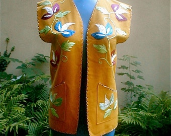 Woolen Jacket Vest - Vintage 60's -  Traditional Embroidered - Made in Mexico -  Sunset Ocher Colors