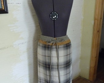 Fall Skirt, Handmade Skirt, Upcycled Clothing, Refashion Clothing, Plaid Skirt, Houndstooth Fabric, Recycled Fabrics, Brown Skirt,Suede Feel