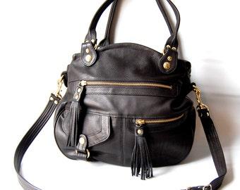 Okinawa bag in black - adjustable strap