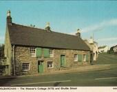 Vintage postcard, unused, Weaver's Cottage, Kilbarchan, Scotland, United Kingdom, 1979