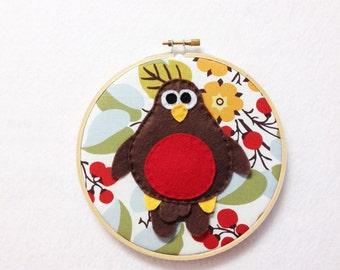 Robin Wall Art, Fabric Wall Art, Embroidery Hoop Art, Robert the Robin - Floral and Berries, Felt Bird, Nursery Decoration