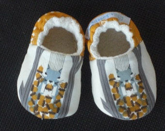 Baby Shoe, Baby Slippers, Charley Harper print, Eco-Friendly,  Gender Neutral, Eco- Friendly,Squirrel