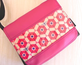 Bee hive satchel in pink