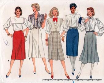 90s Skirts Sewing pattern  Godets Pleats 2 medium sizes Butterick 6635
