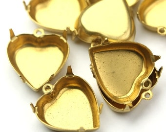 Prong Settings Heart Raw Brass 15mm Closed Back 1 Loop (6) FI680