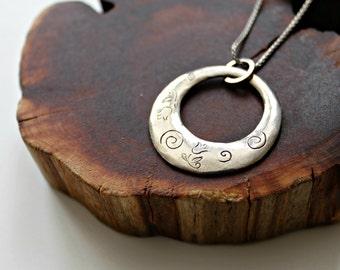 ki solo circle necklace