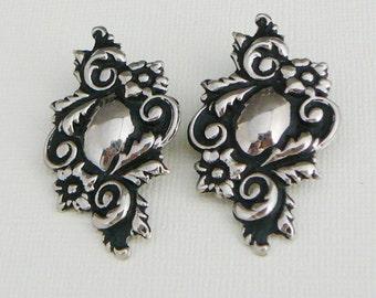 Vintage .. Clipon Earrings, Silver Tone,Flower Scroll vintage wedding bride