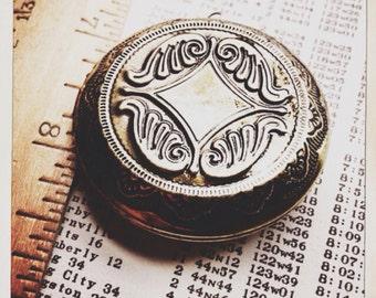 large round brass locket - 1 piece destash