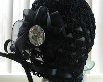 Crochet Newborn Baby Girl Hat Bonnet Cap with Rhinestone Button Infant Beanie Knit Baby Photo Prop Reborn Doll Handmade Hat