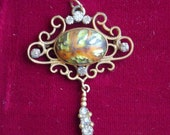 Vintage Pendant, Orange/Green Stone