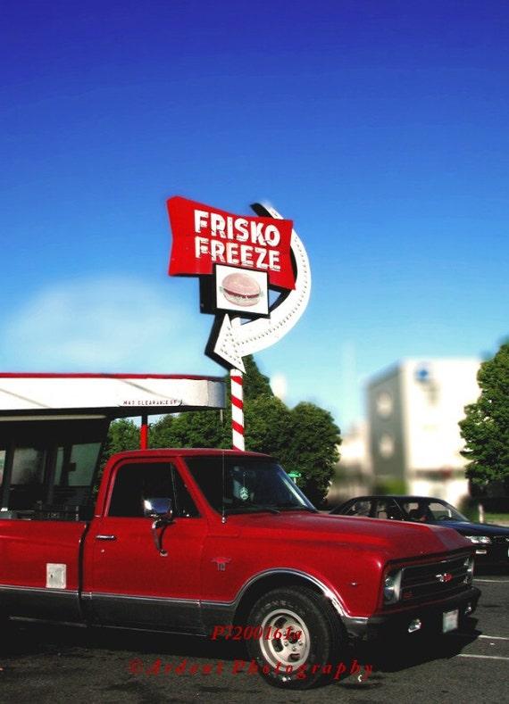 Iconic Restaurant with Red Truck Frisko Freeze Tacoma