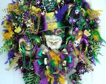 Only two left Mardi Gras wreath, Custom order, Fat Tuesday, door wreath, party, handmade wreath, Fleur De Lis, Masquerade,  New Orleans,