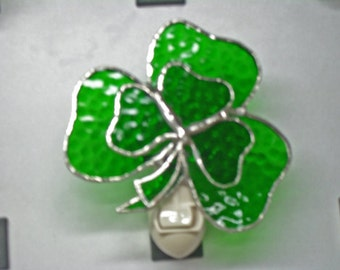 Shamrock Night Light - Double Shamrock Night light - Stained Glass Night Light - Shamrock Nightlight