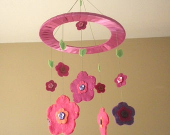 Baby Crib Mobile - Flowers