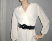 Blanca-Delicate 70's/80s White dress with Lace Details