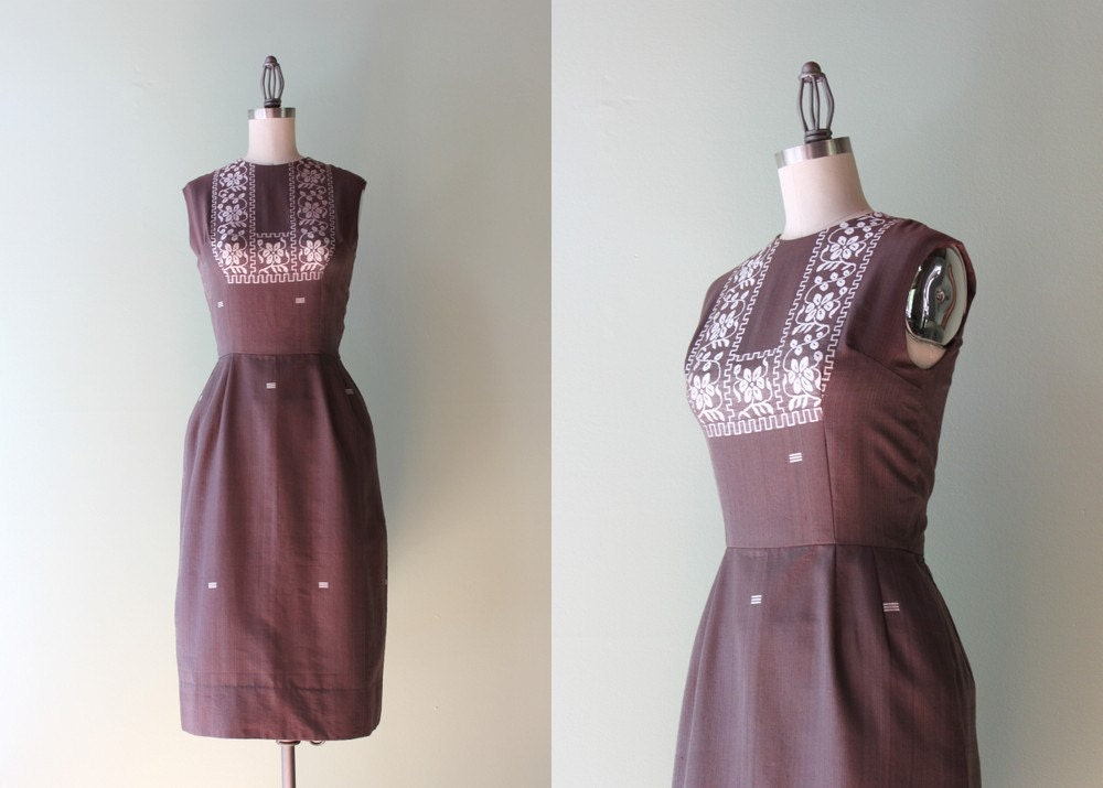 1960s Dress / Vintage 60s Wiggle Dress / Ethnic Embroidered 60s Fitted Dress