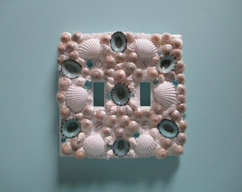 Seashell Double Light Switch Plate - Double Cover / Aqua White Pearl