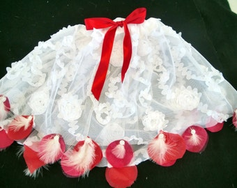 Luxurious TUTU in white tulle and red rose petals