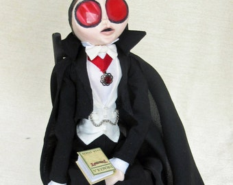 Lugo All Ready For Halloween - Bela Lugosi Vampire Art Doll