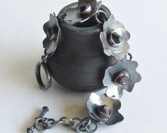 Garnet Flower Bracelet - Raw Garnet Bracelet - January Birthstone Jewelry - January Birthday Gift - Valentine's Day Jewelry Gift
