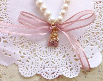 Ballet Ballerina slippers -  Pearl bead, ribbon and charm bracelet - pink