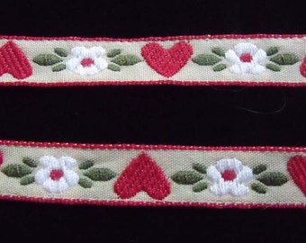 Sewing Trim with Hearts and Flowers Design-Three eighth  inch Wide