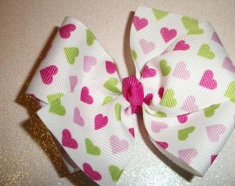 MTMG,  Giraffe Hearts Hair Bow, Girls Hair Bows, Toddlers Hair Bows, Valentine's Day, Tiny Hearts, Pink & Green Hearts ( Item 14-002)