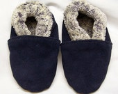 black suede moccasins - black moccs - winter baby shoes - winter booties - soft soul baby shoes - soft baby shoes
