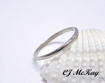 14K Classic Traditional White Gold Wedding Band and Stacking Ring 1.5mm CR46Q