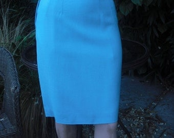 Vintage Pencil Skirt, TURQUOISE Wool PENCIL Skirt, Curve Hugging Career Skirt, Made in Italy  Waist 26
