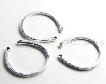 4pcs Oxidized Silver Plated Base Metal U Links - 27x25mm (197C-Q-168)