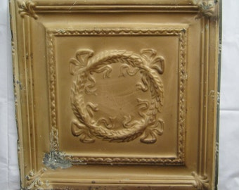 AUTHENTIC Tin Ceiling Piece Tile Panel 2x2 Arts and Crafts Wreath  RECLAIMED S 1770-13
