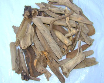 6-10 inches long Bulk of good quality medium-large Natural Driftwood Pieces Lot of 12 / for home decor or any project / U20