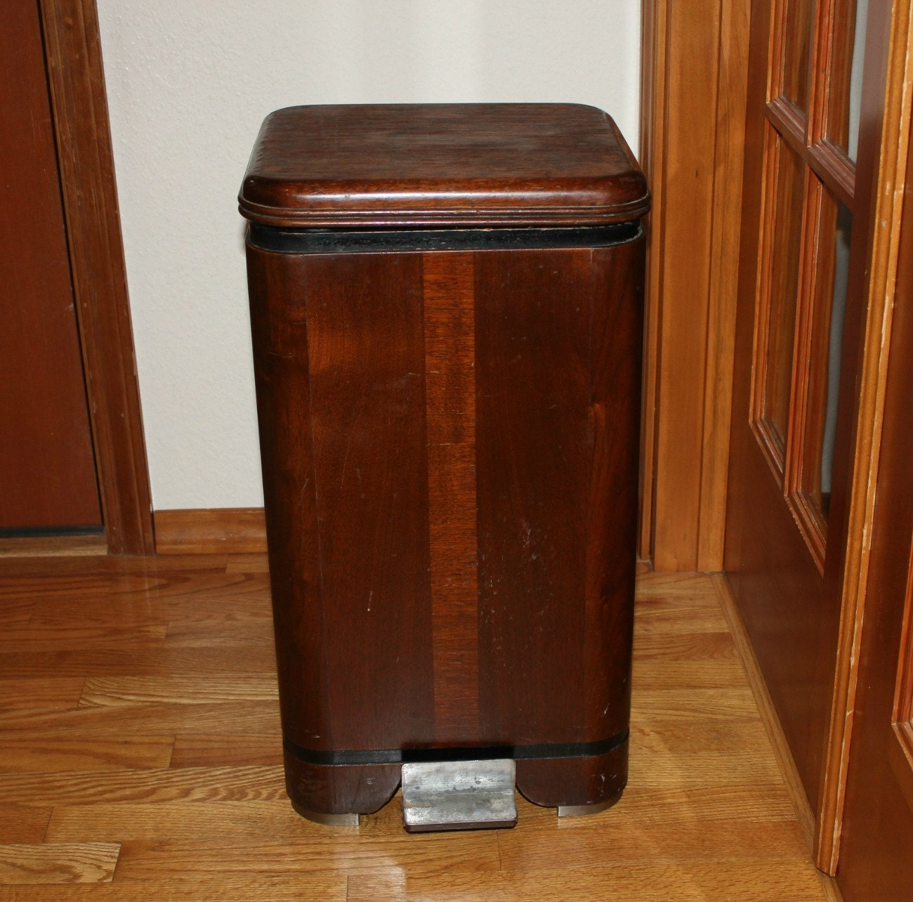Waterfall hamilton trash can garbage bin vintage wood step lid - Wooden kitchen trash can with lid ...