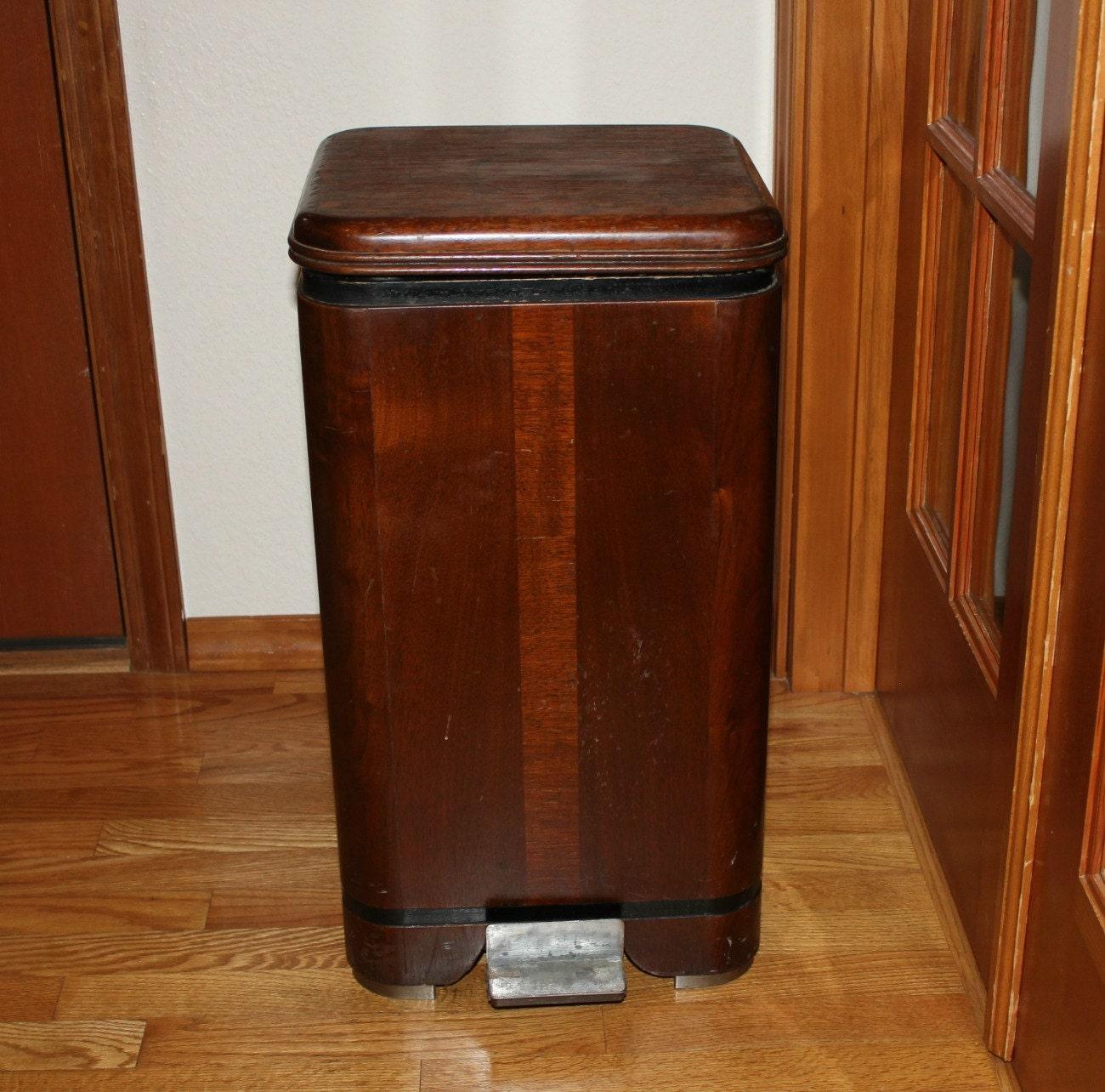 Wood Kitchen Trash Can   Waterfall Hamilton Trash Can Garbage Bin Vintage  Wood Step Lid