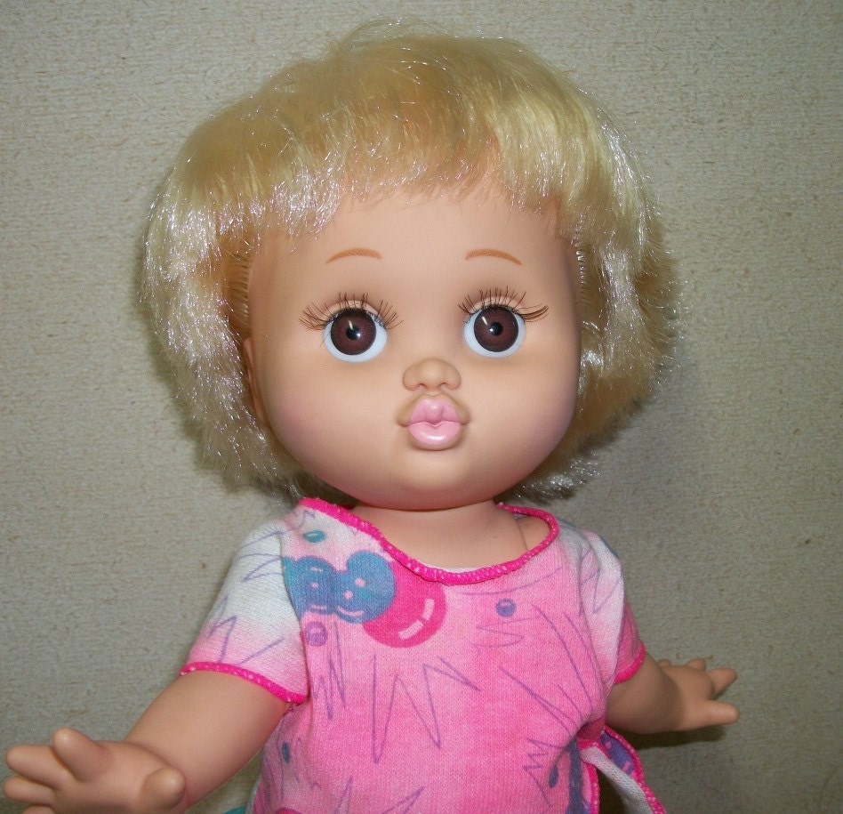 Galoob Baby Face Doll So Loving Laura