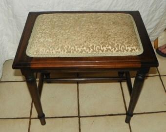 Walnut Vanity Bench (BN164)